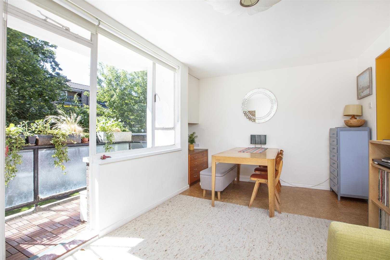 Flat - Purpose Built Sold in Graces Road, Camberwell, SE5 661 view6