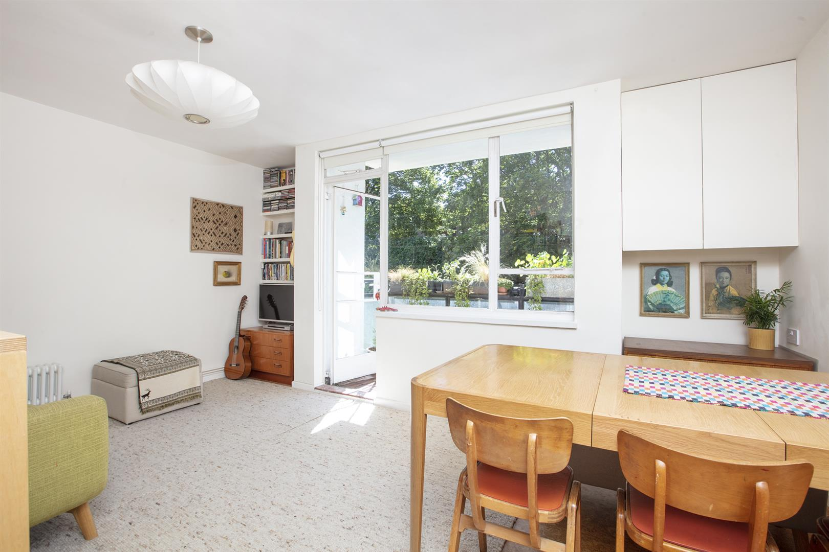 Flat - Purpose Built Sold in Graces Road, Camberwell, SE5 661 view2
