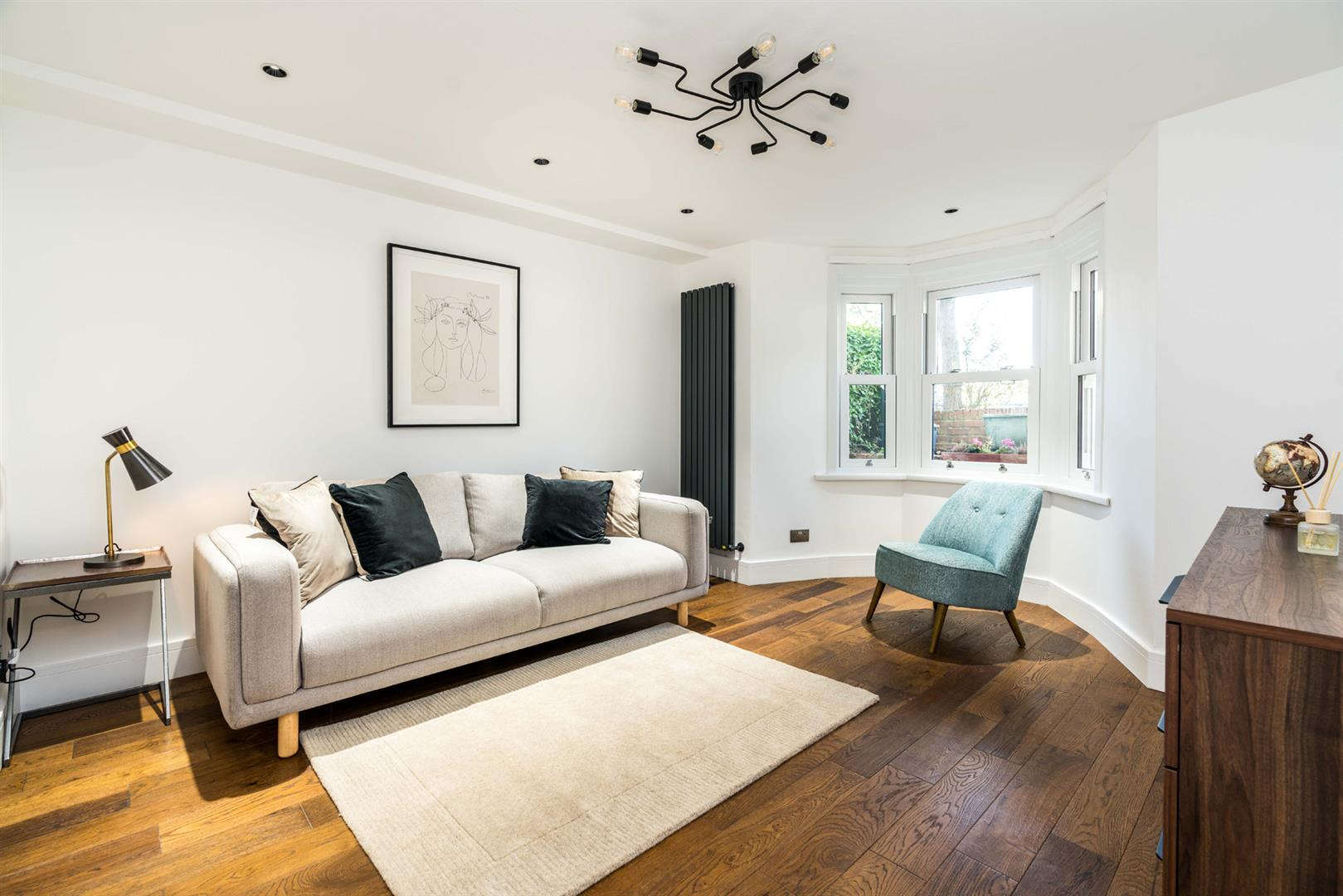 Flat - Conversion For Sale in Graces Road, Camberwell, SE5 752 view2