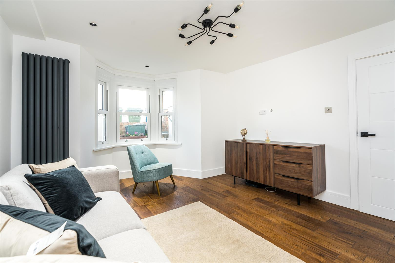 Flat - Conversion For Sale in Graces Road, Camberwell, SE5 752 view5