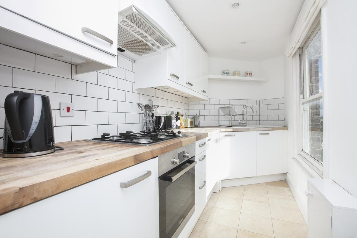 Flat/Apartment Sold in Grove Hill Road, Camberwell, SE5 390 view5