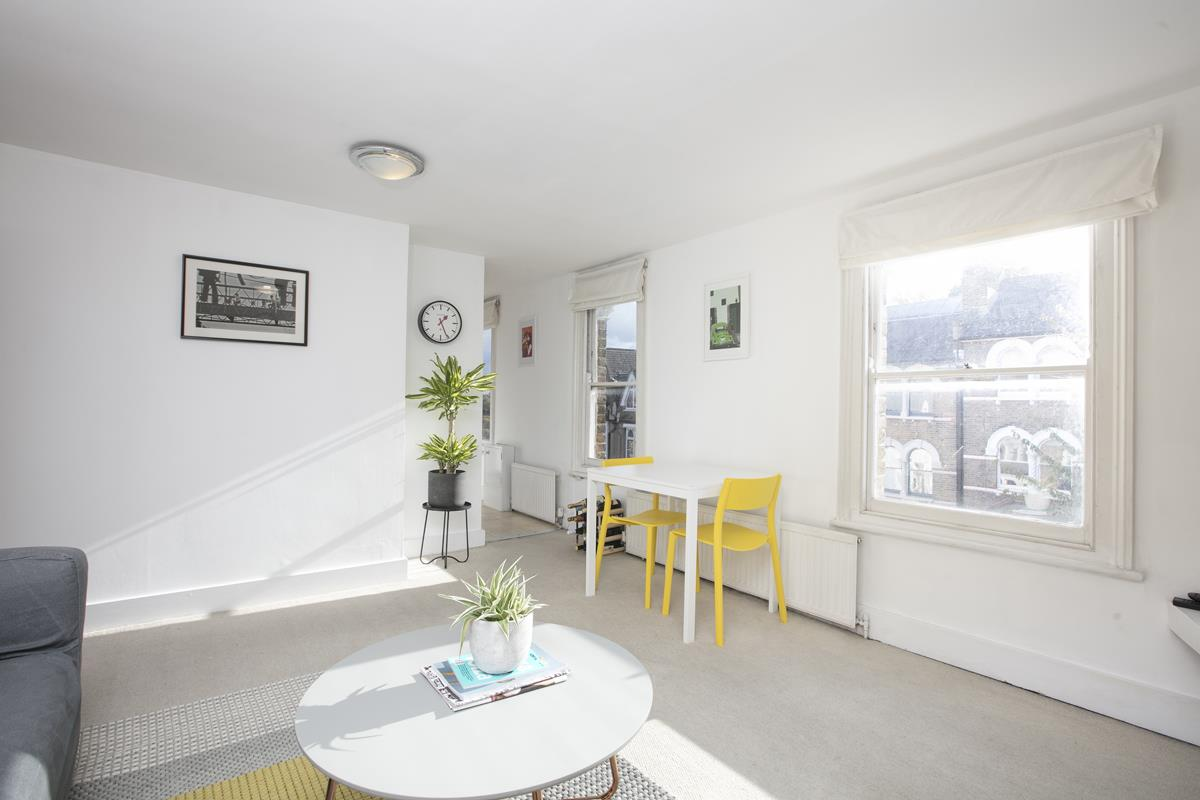 Flat/Apartment Sale Agreed in Grove Hill Road, Camberwell, SE5 390 view4