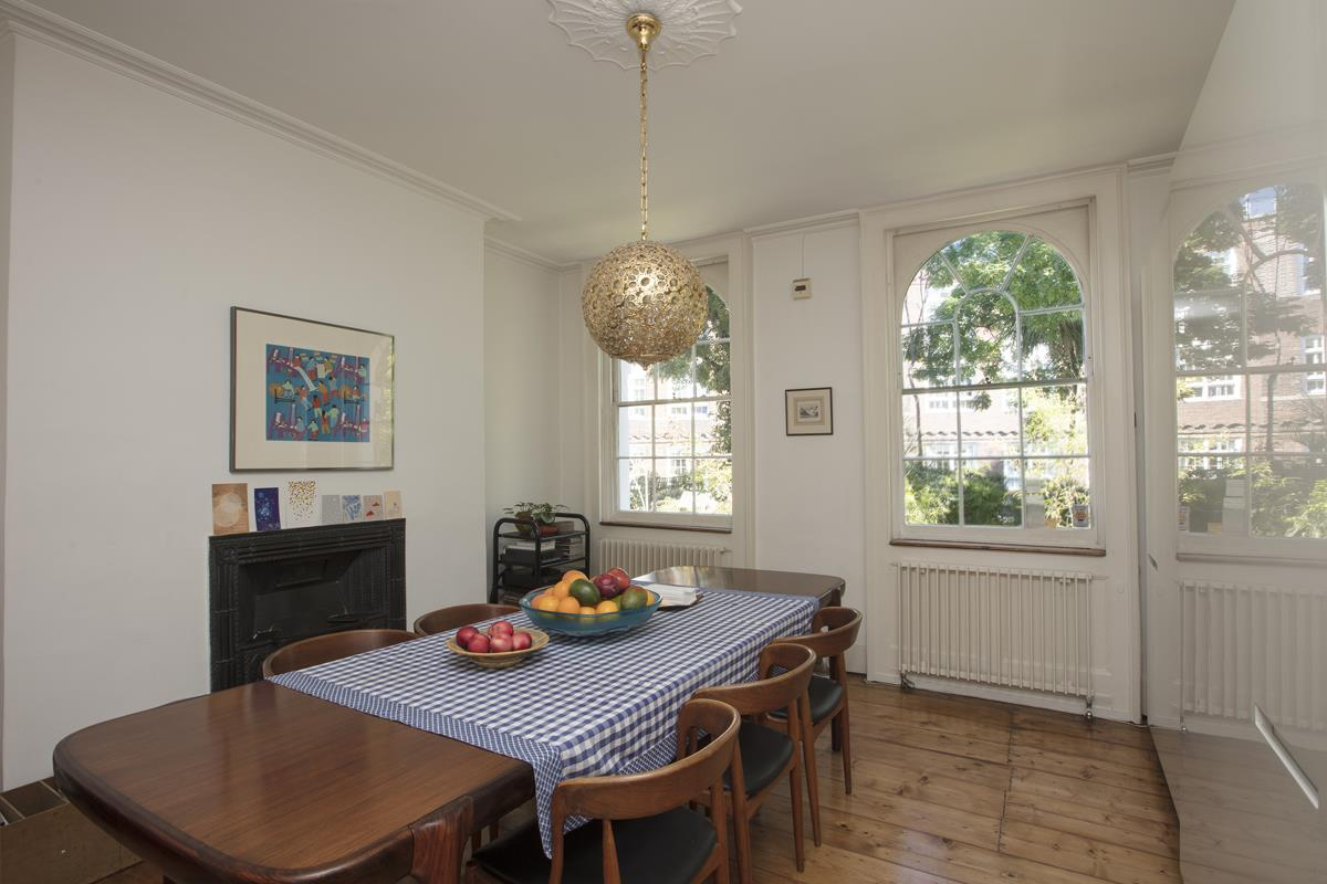 House - Terraced For Sale in Grove Lane, Camberwell, SE5 259 view4