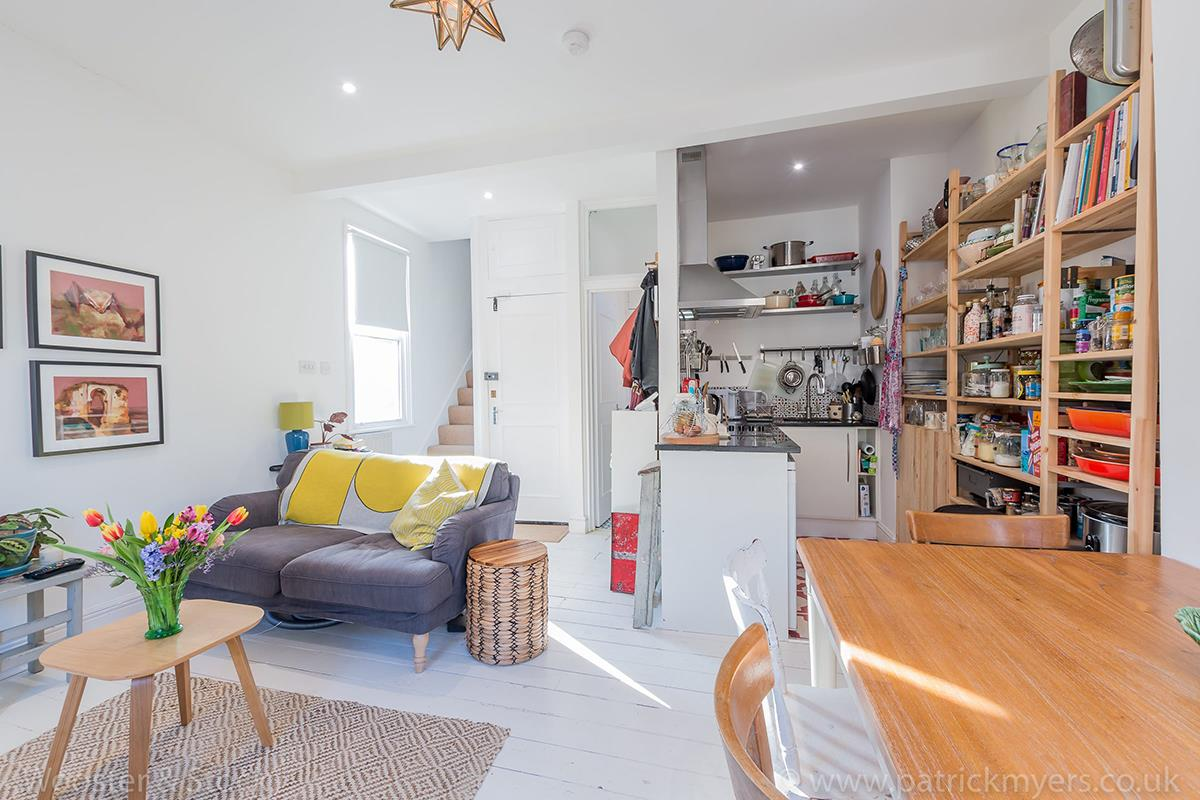 Flat/Apartment Sold in Grove Lane, Camberwell, SE5 408 view3