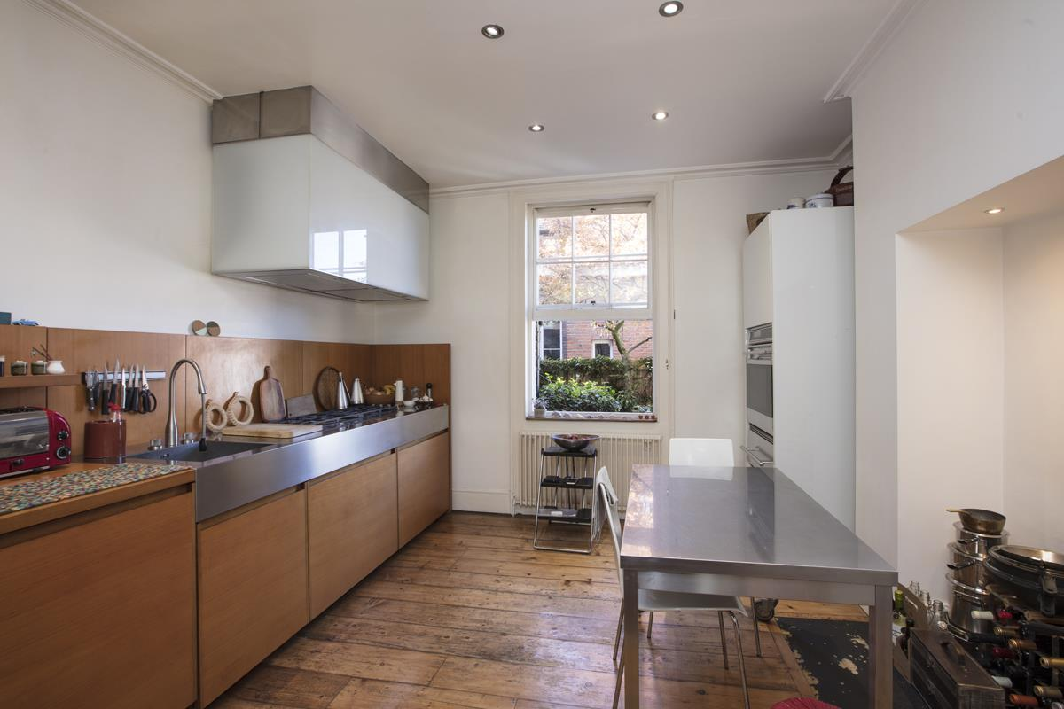 House - Terraced Sale Agreed in Grove Lane, Camberwell, SE5 582 view3