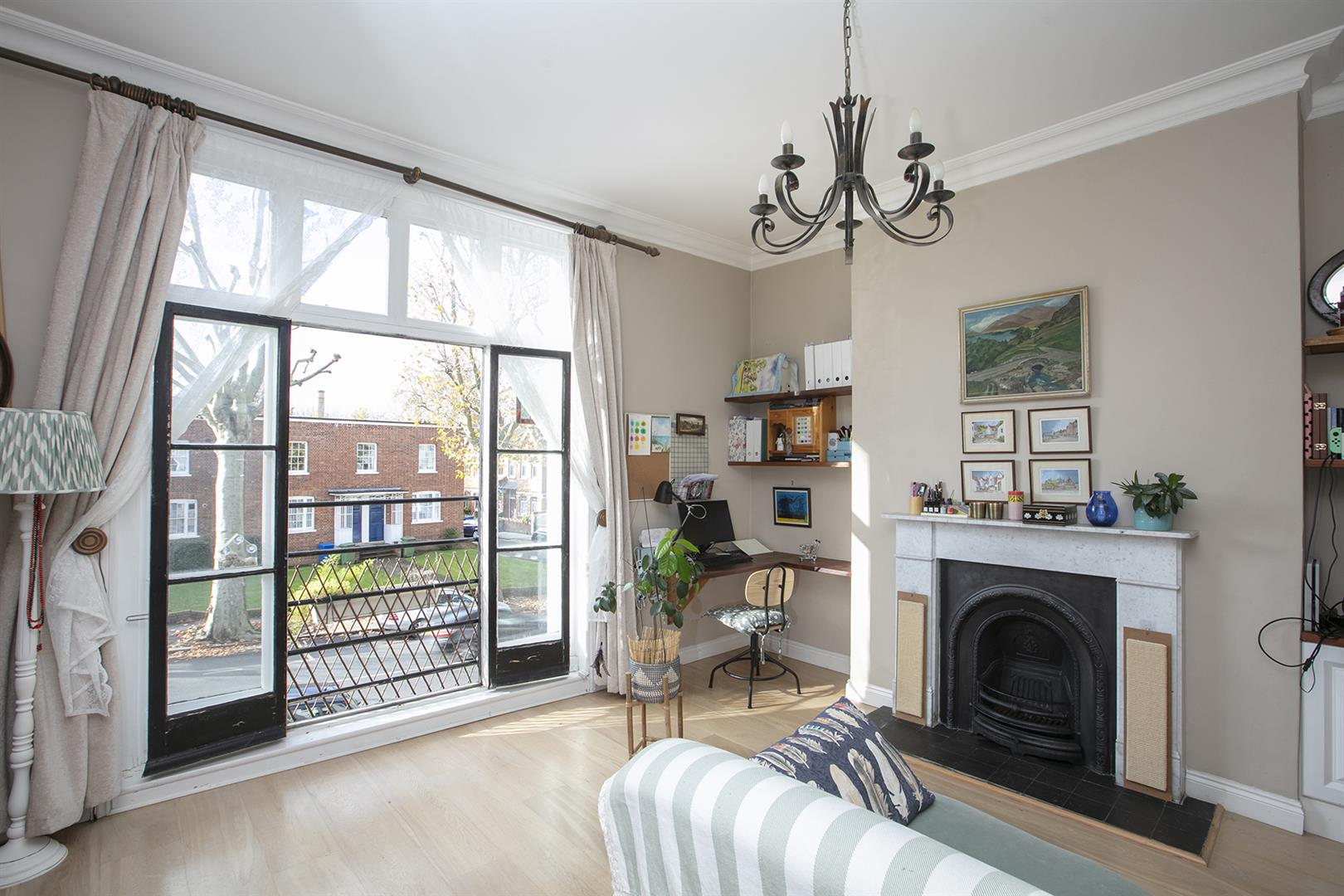 Flat - Conversion For Sale in Grove Lane, Camberwell, SE5 748 view2
