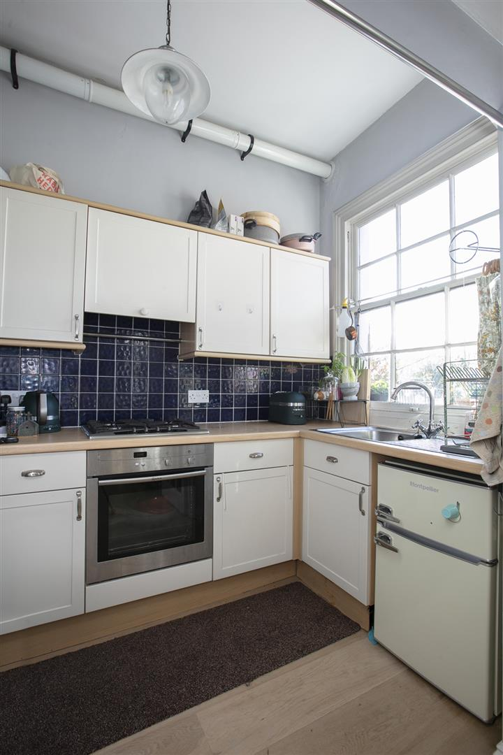 Flat - Conversion For Sale in Grove Lane, Camberwell, SE5 748 view4