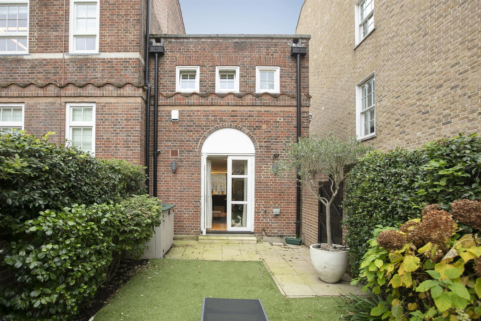 House - End Terrace For Sale in Grove Lane, Camberwell, SE5 780 view4