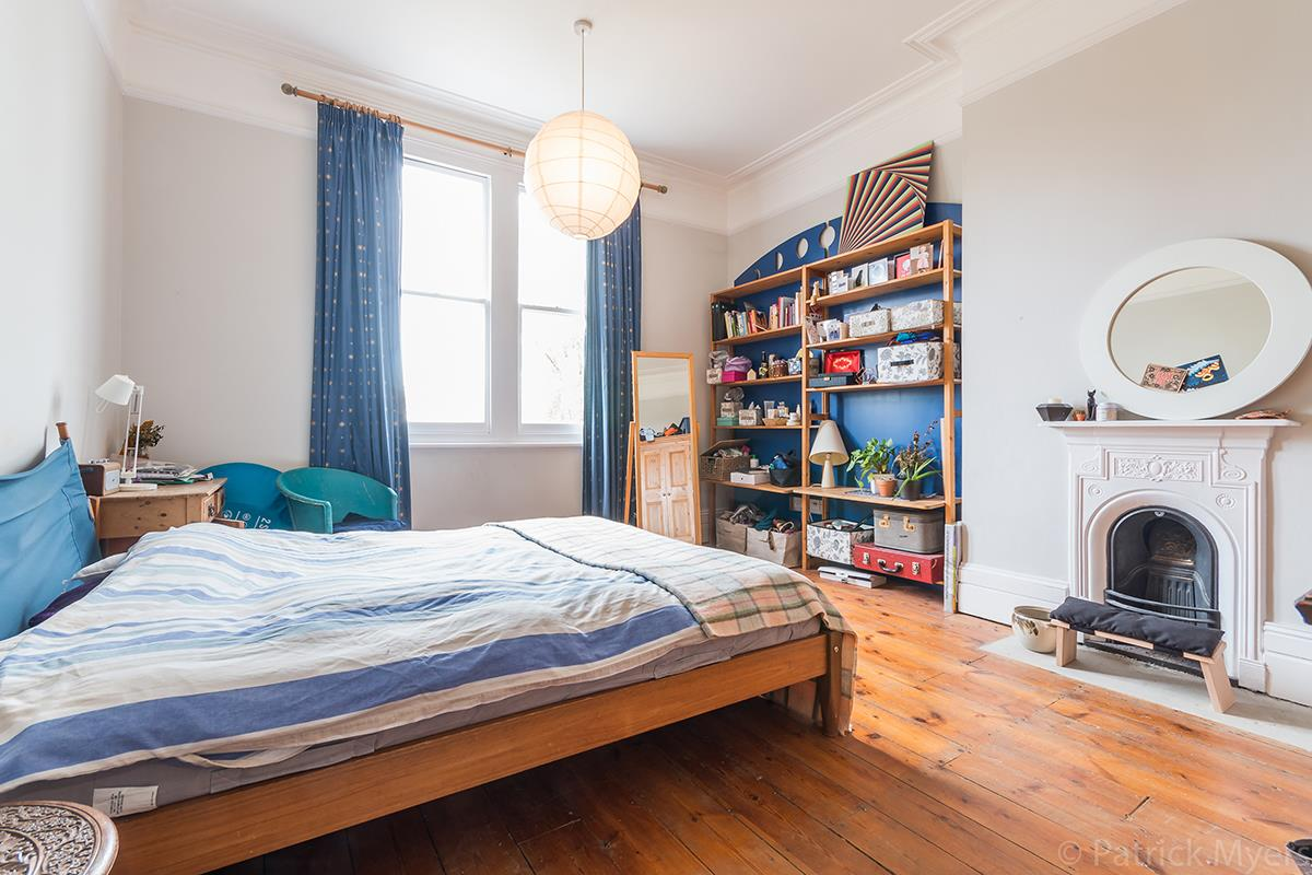 House - Semi-Detached Sold in Grove Park, Camberwell, SE5 268 view19