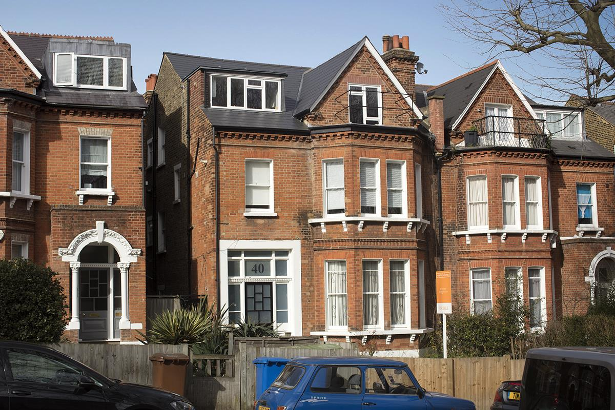 Flat - Conversion For Sale in Grove Park, Camberwell, SE5 427 view1