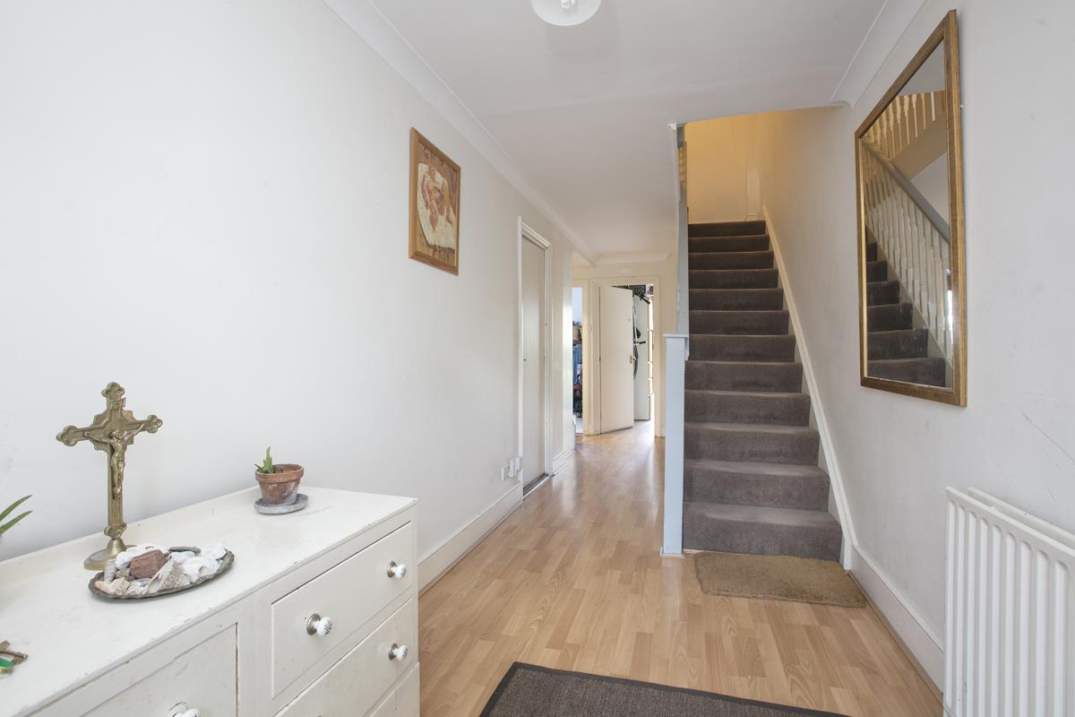House - Semi-Detached For Sale in Grove Park, Camberwell, SE5 432 view11