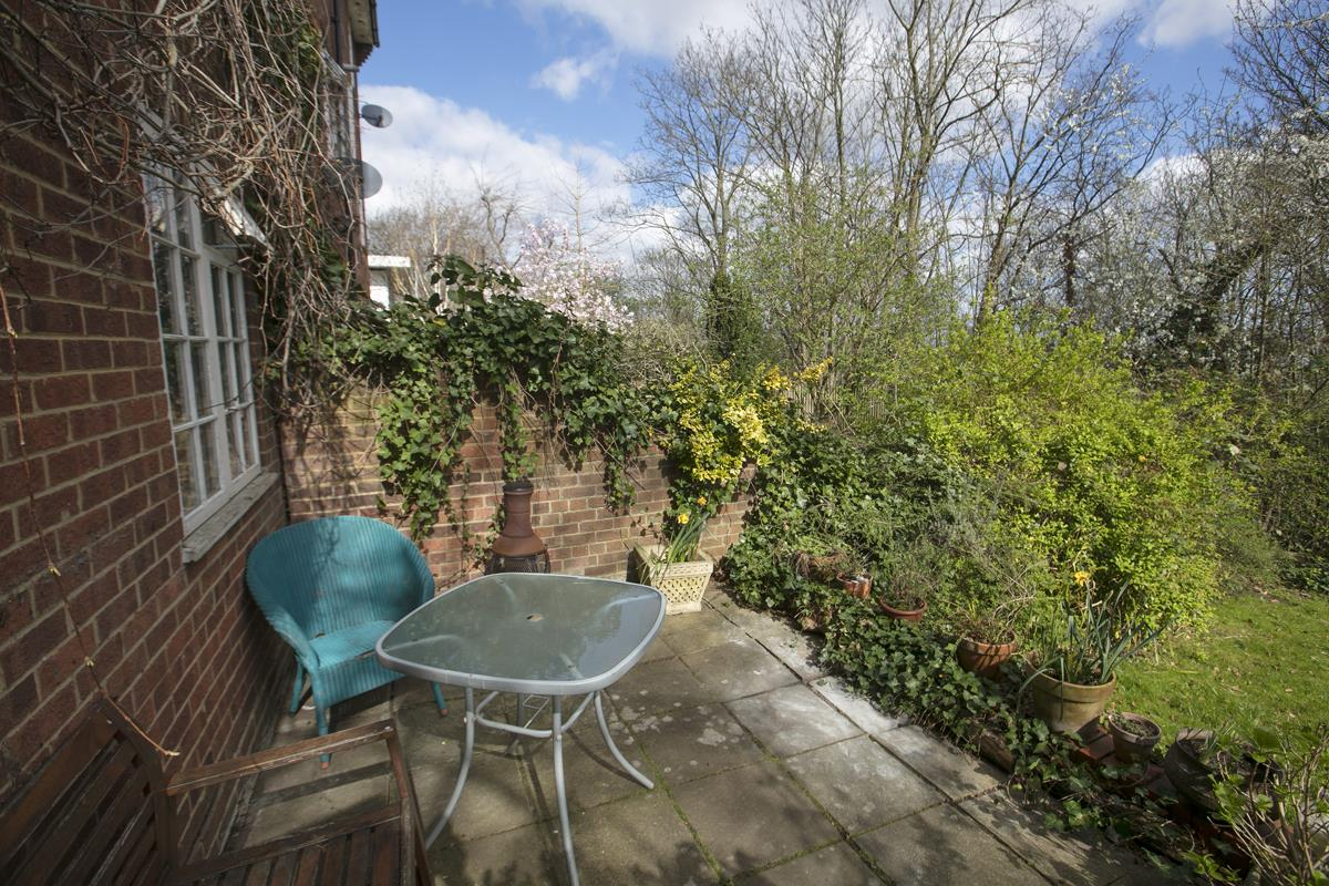 House - Semi-Detached For Sale in Grove Park, Camberwell, SE5 432 view8