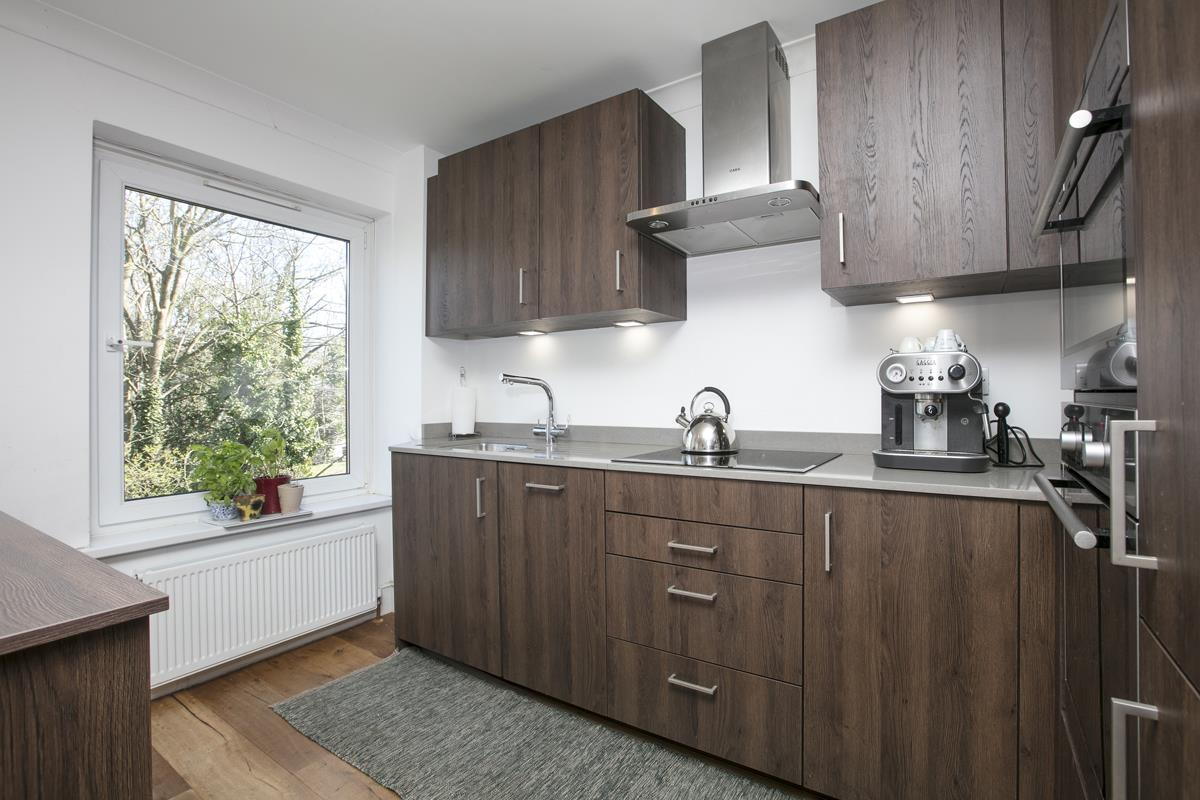 House - Semi-Detached For Sale in Grove Park, Camberwell, SE5 432 view13