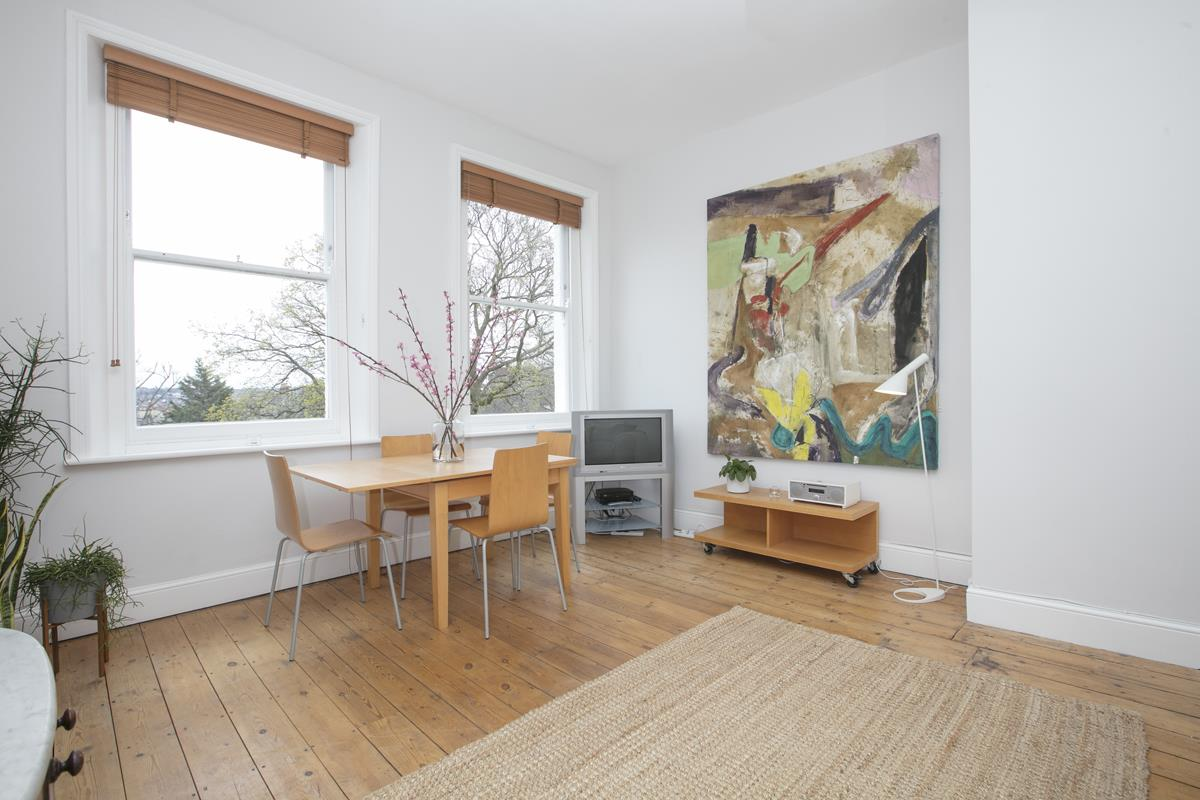 Flat/Apartment Sold in Grove Park, Camberwell, SE5 433 view3