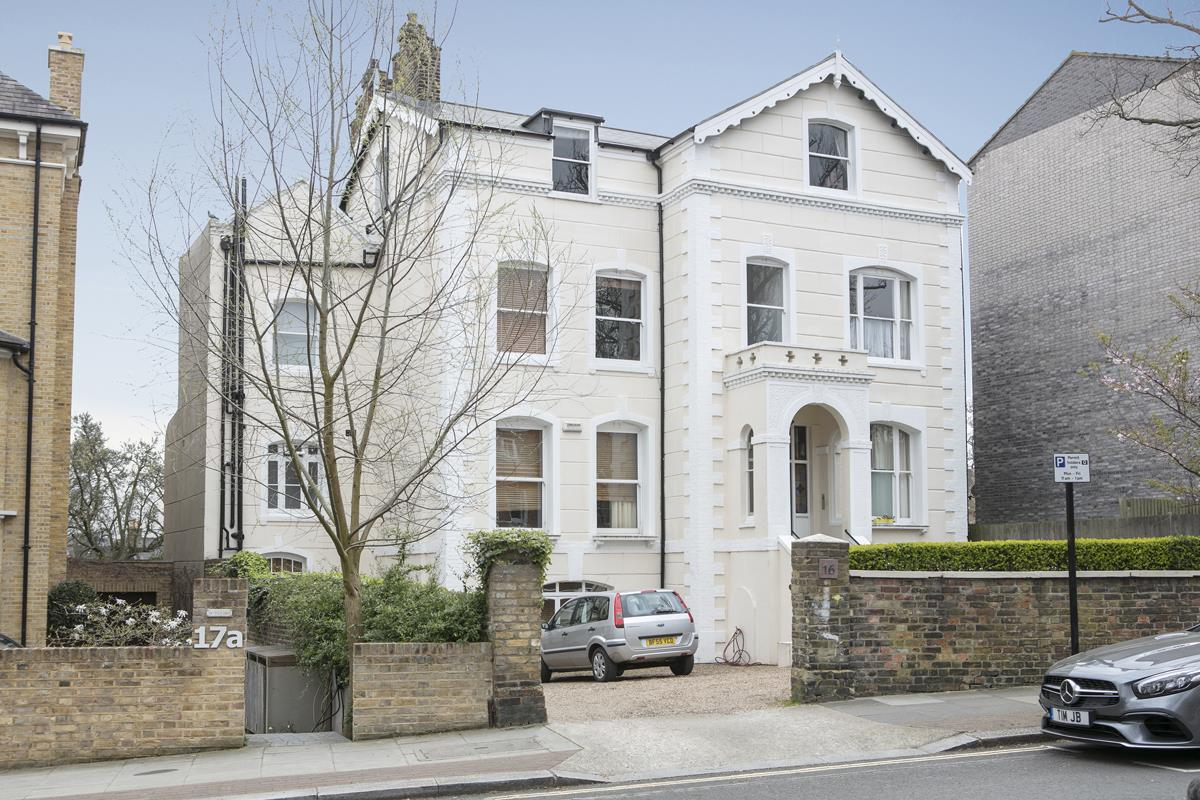Flat/Apartment Sold in Grove Park, Camberwell, SE5 433 view1