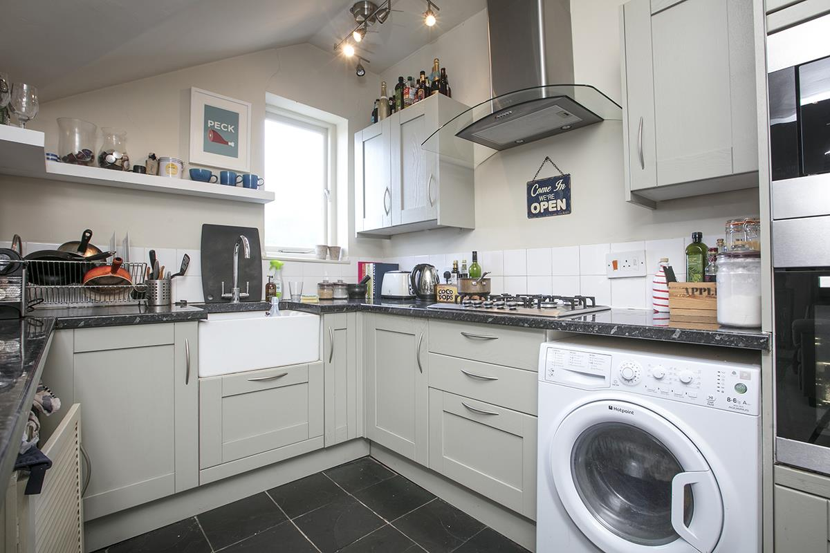 Flat - Conversion For Sale in Grove Park, Camberwell, SE5 473 view4