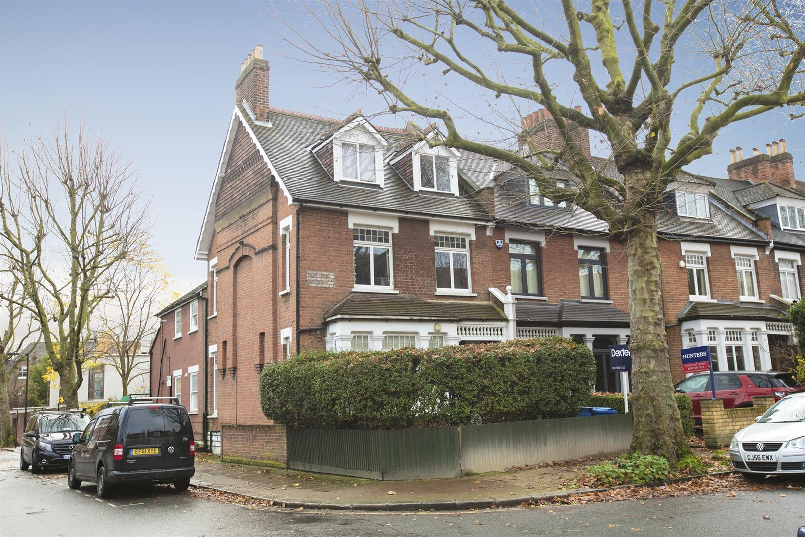 Flat - Conversion For Sale in Grove Park, Camberwell, SE5 546 view1