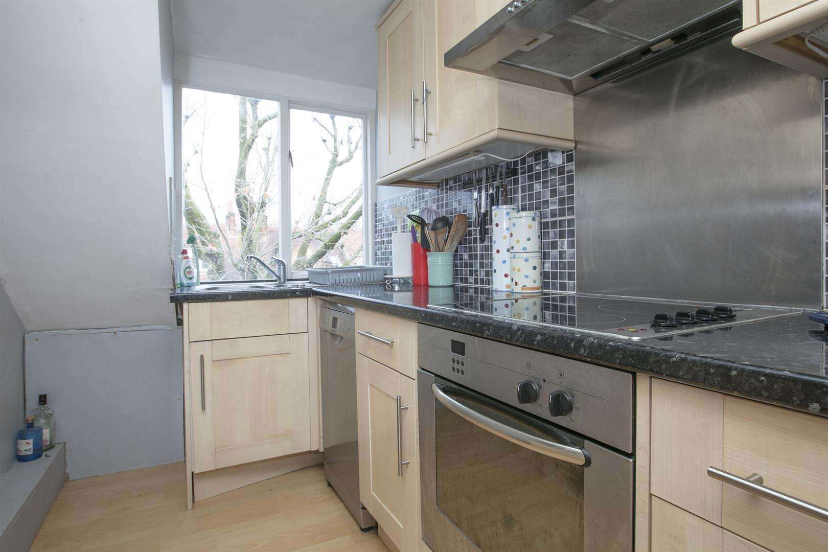 Flat - Conversion For Sale in Grove Park, Camberwell, SE5 546 view3