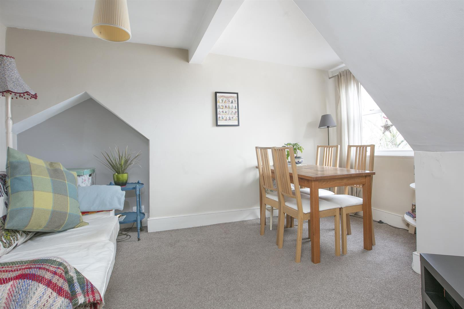 Flat - Conversion For Sale in Grove Park, Camberwell, SE5 546 view2