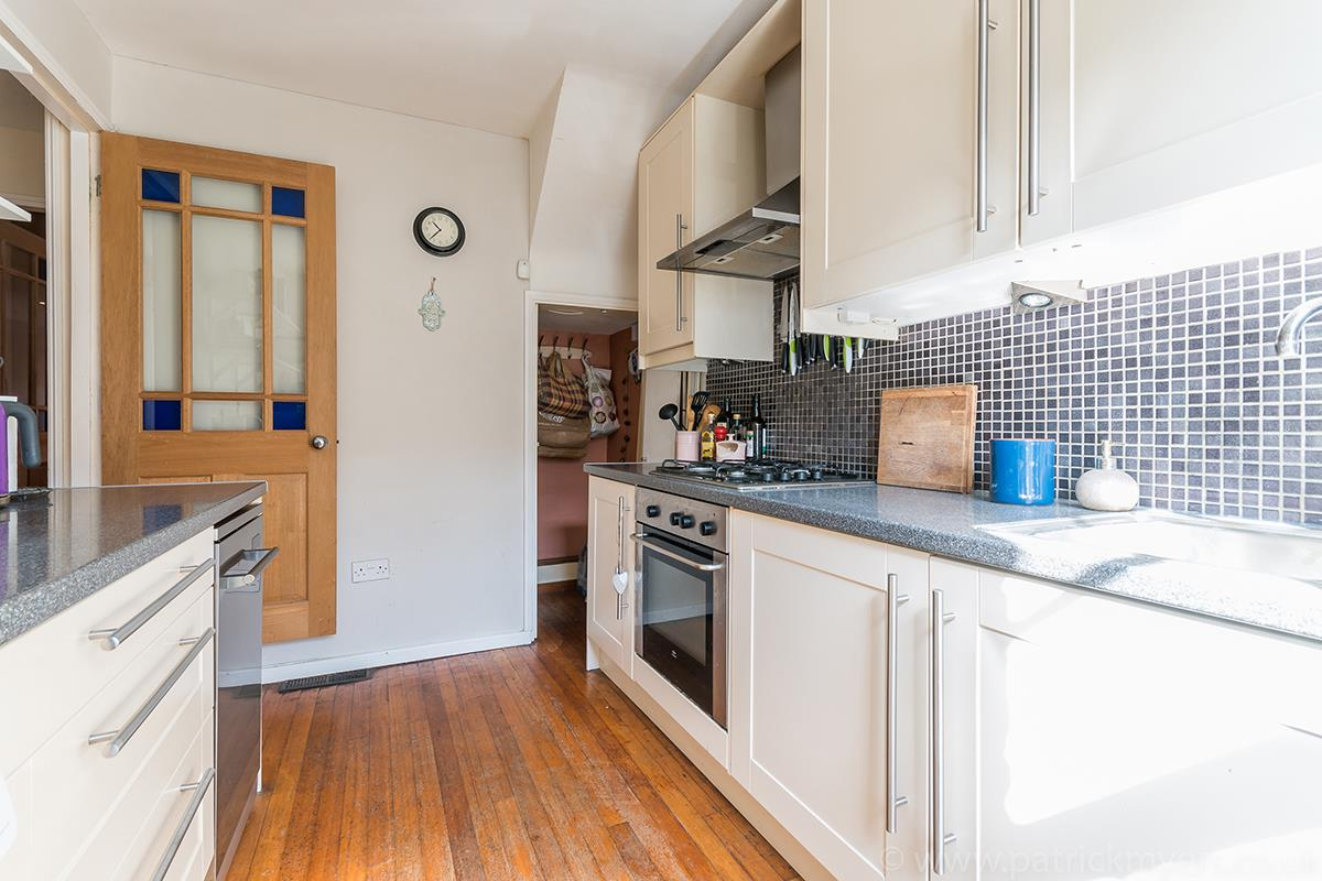 House - Semi-Detached For Sale in Halifax Street, SE26 315 view17
