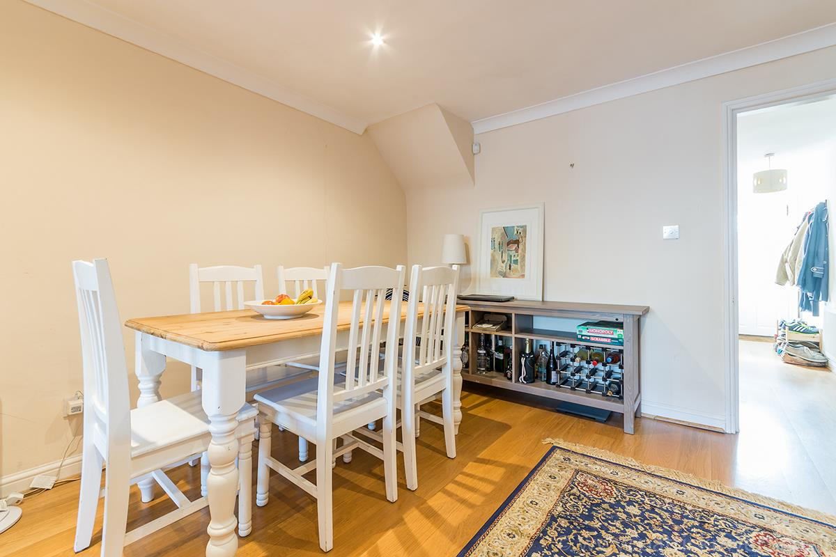 House - Semi-Detached For Sale in Halifax Street, SE26 315 view14