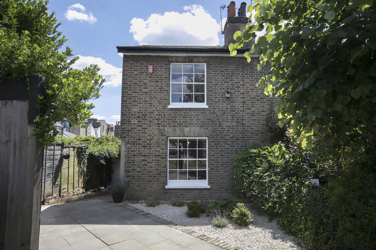 House - Semi-Detached For Sale in Halifax Street, Sydenham, SE26 350 view34