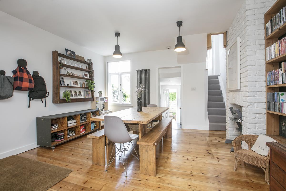 House - Semi-Detached For Sale in Halifax Street, Sydenham, SE26 350 view2