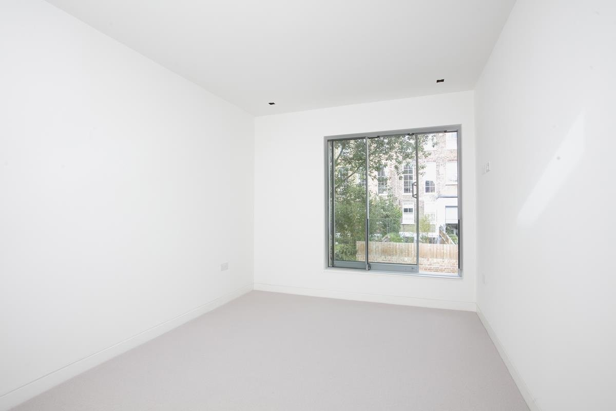 House - Link Detached For Sale in Harfield Gardens, Grove Lane, Camberwell, SE5 531 view27