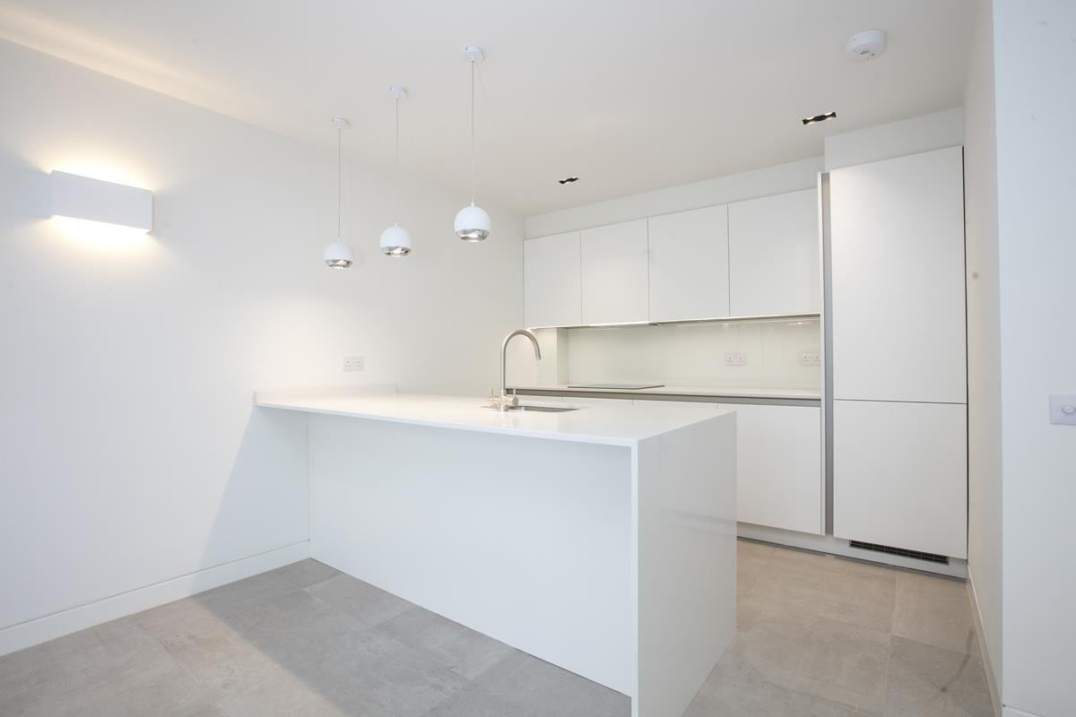 House - Link Detached For Sale in Harfield Gardens, Grove Lane, Camberwell, SE5 531 view3