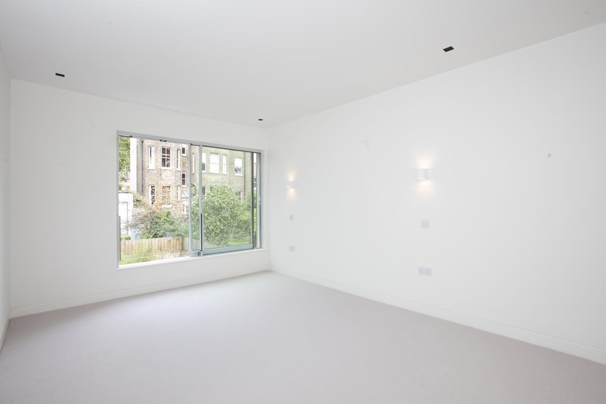 House - Link Detached For Sale in Harfield Gardens, Grove Lane, Camberwell, SE5 531 view18