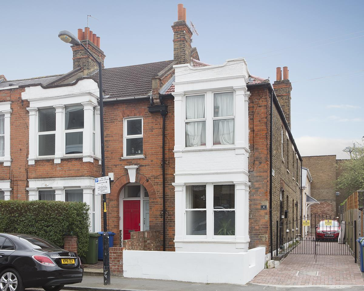 Flat/Apartment Sold in Highshore Road, Peckham, SE15 440 view1