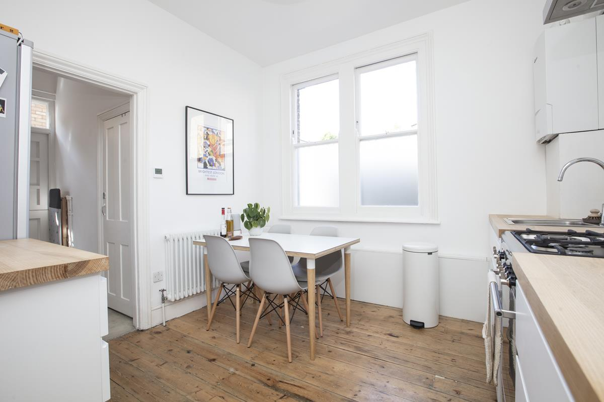 Flat/Apartment Sold in Highshore Road, Peckham, SE15 440 view4
