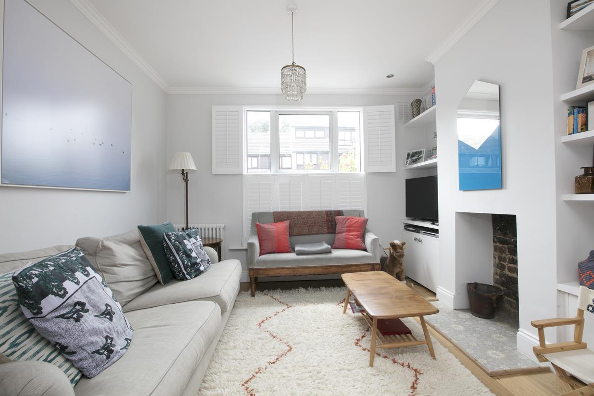 House - Terraced For Sale in Howbury Road, Nunhead, SE15 366 view4