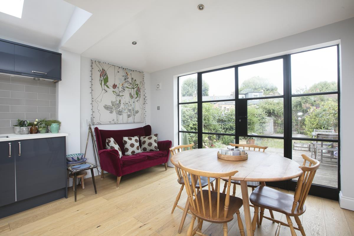 House - Terraced For Sale in Howbury Road, Nunhead, SE15 366 view6