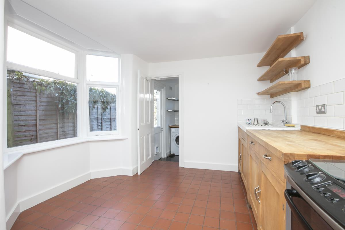 House - Terraced For Sale in Howbury Road, Nunhead, SE15 385 view9