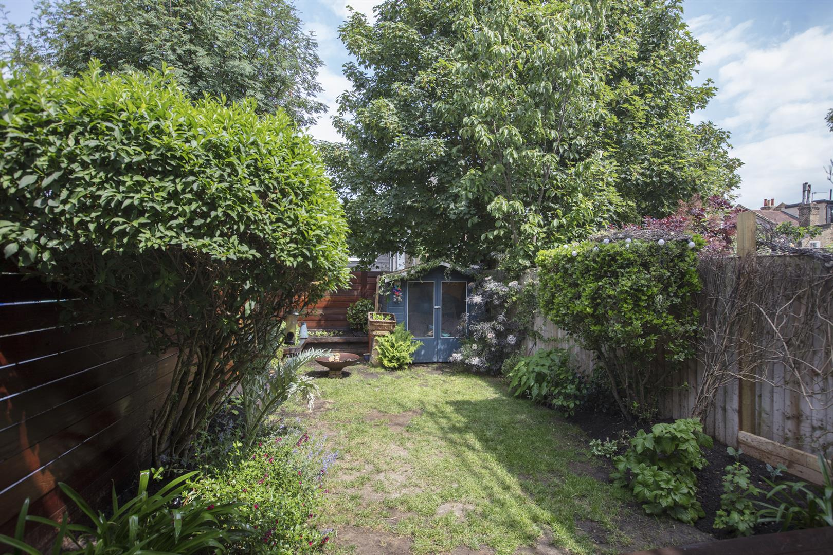 House - Terraced Sale Agreed in Kirkwood Road, Nunhead, SE15 609 view10