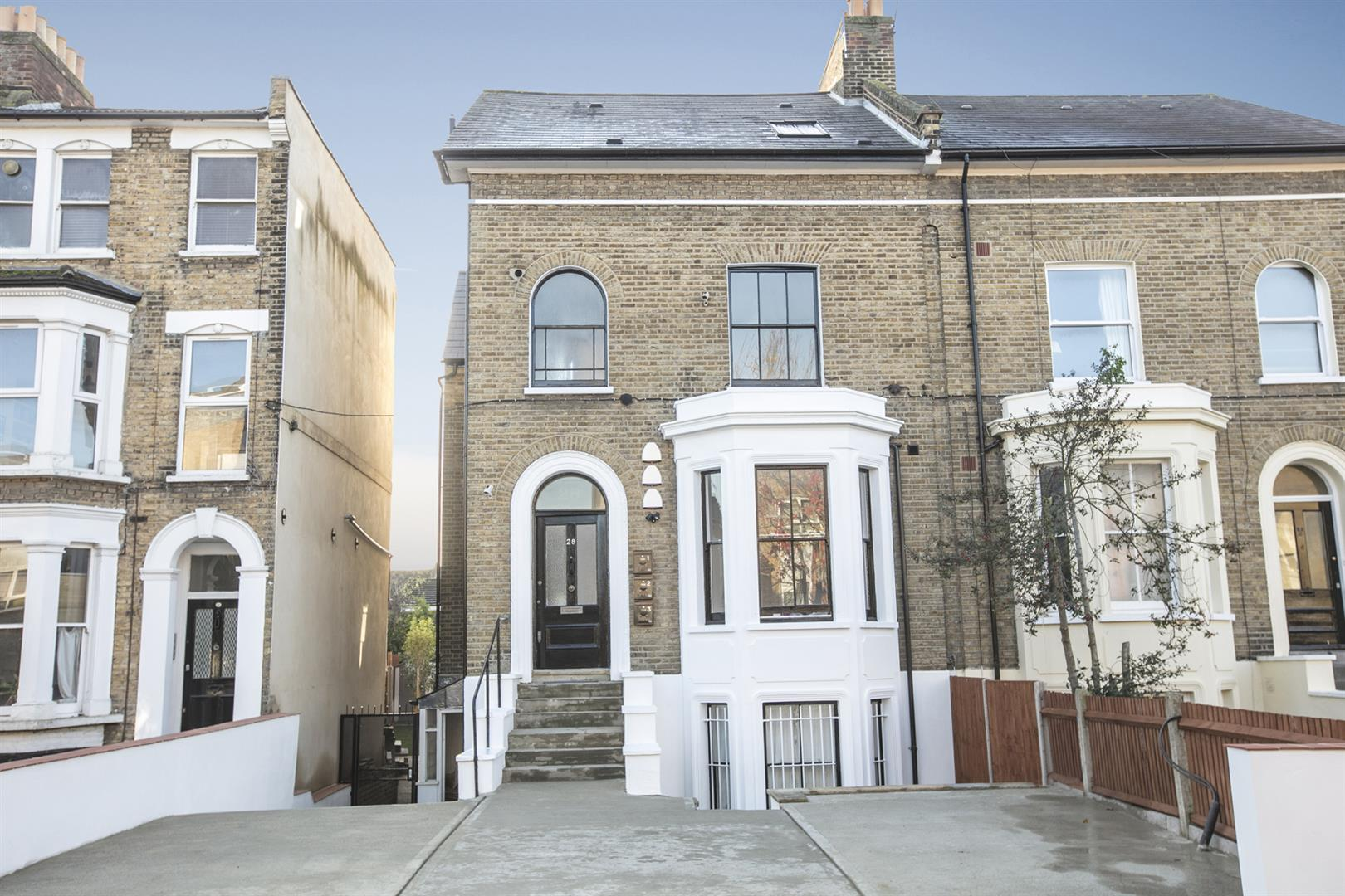 Flat - Conversion Sale Agreed in Linden Grove, Nunhead, SE15 550 view8