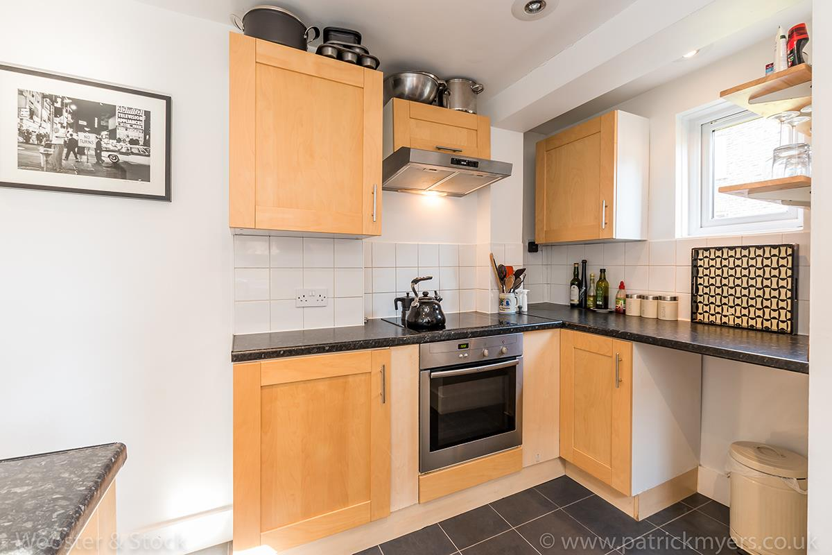 Flat/Apartment Sale Agreed in Linnell Road, Camberwell, SE5 303 view8