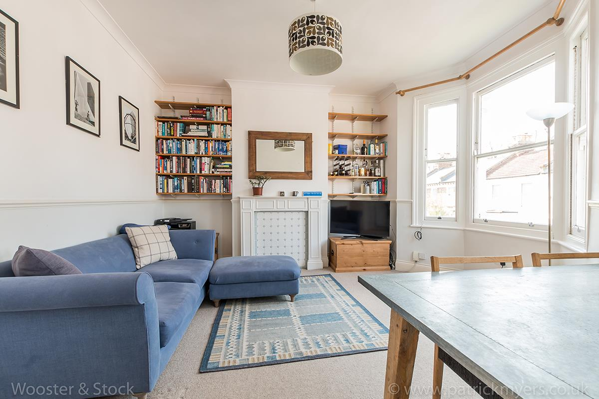 Flat/Apartment For Sale in Linnell Road, Camberwell, SE5 303 view2