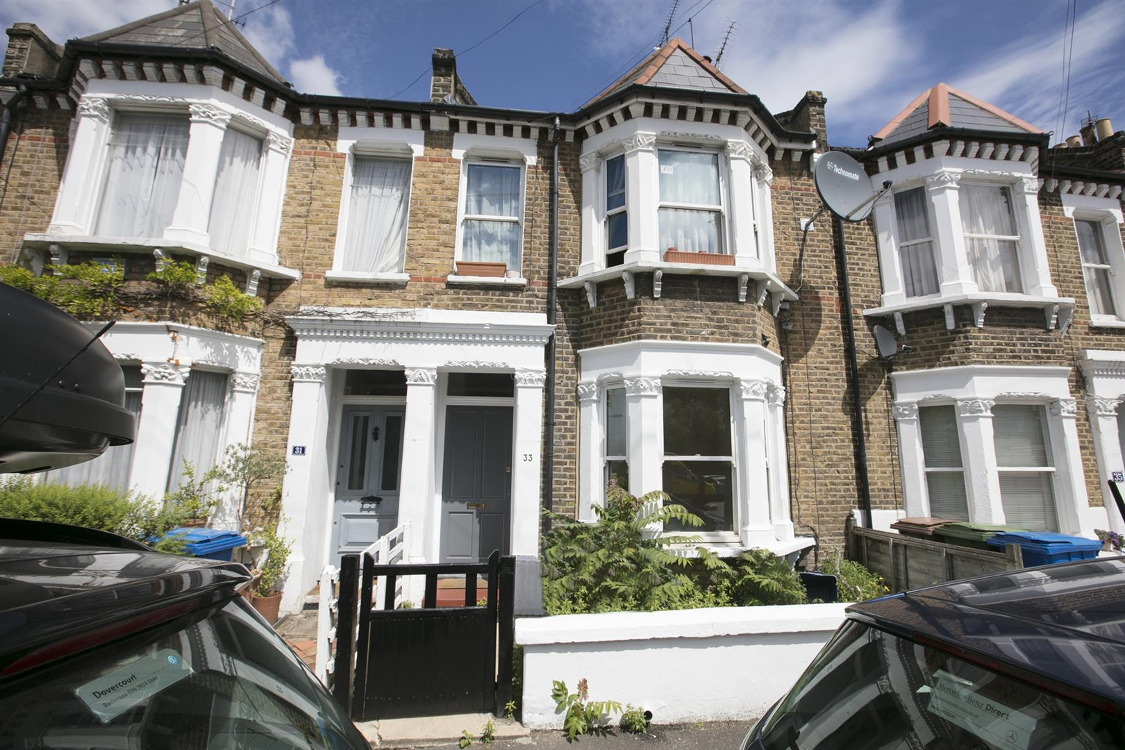 Flat/Apartment Sale Agreed in Lyndhurst Grove, Peckham, SE15 653 view1