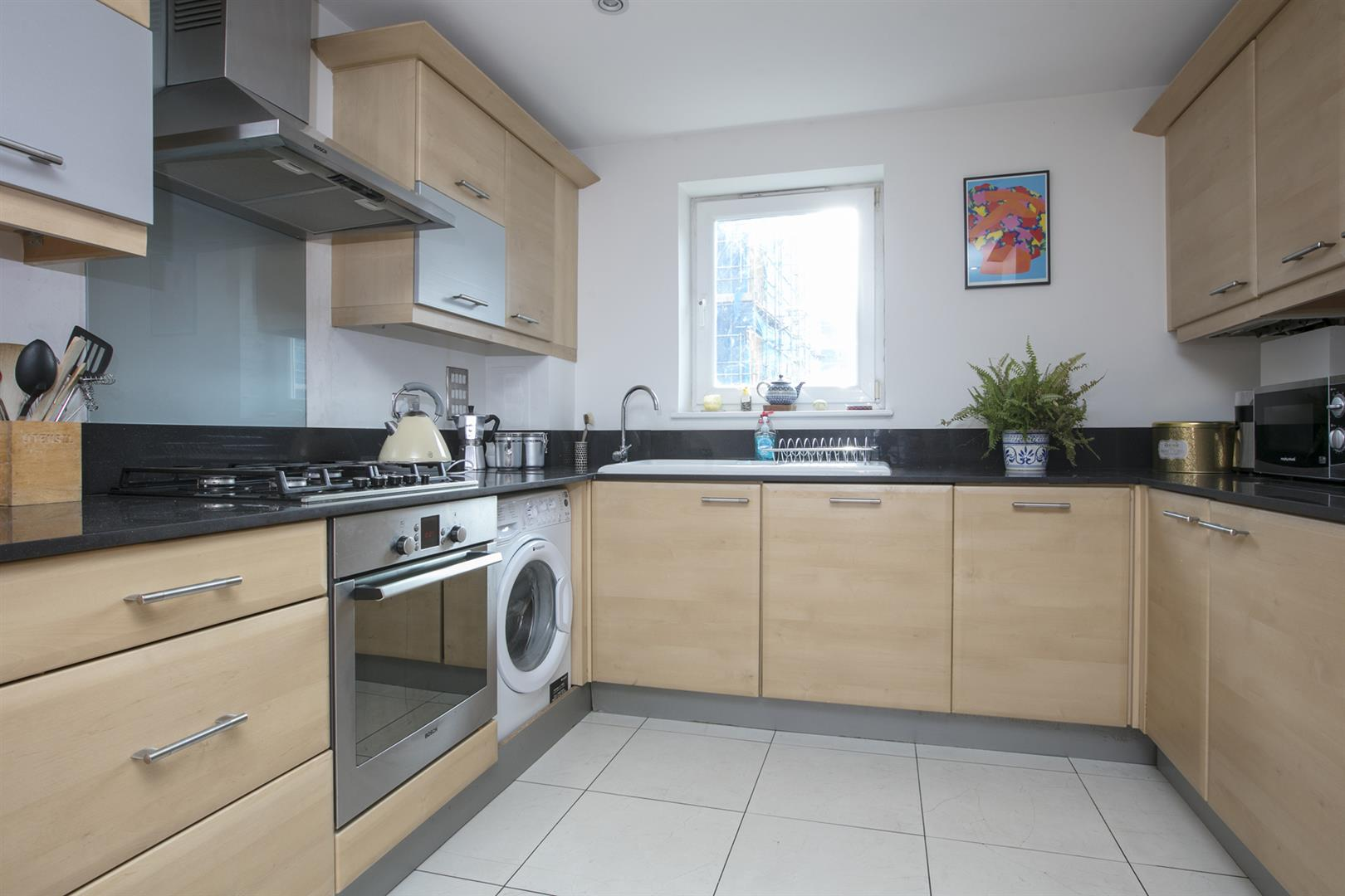 Flat/Apartment Sale Agreed in Lytham Street, Walworth, SE17 536 view3