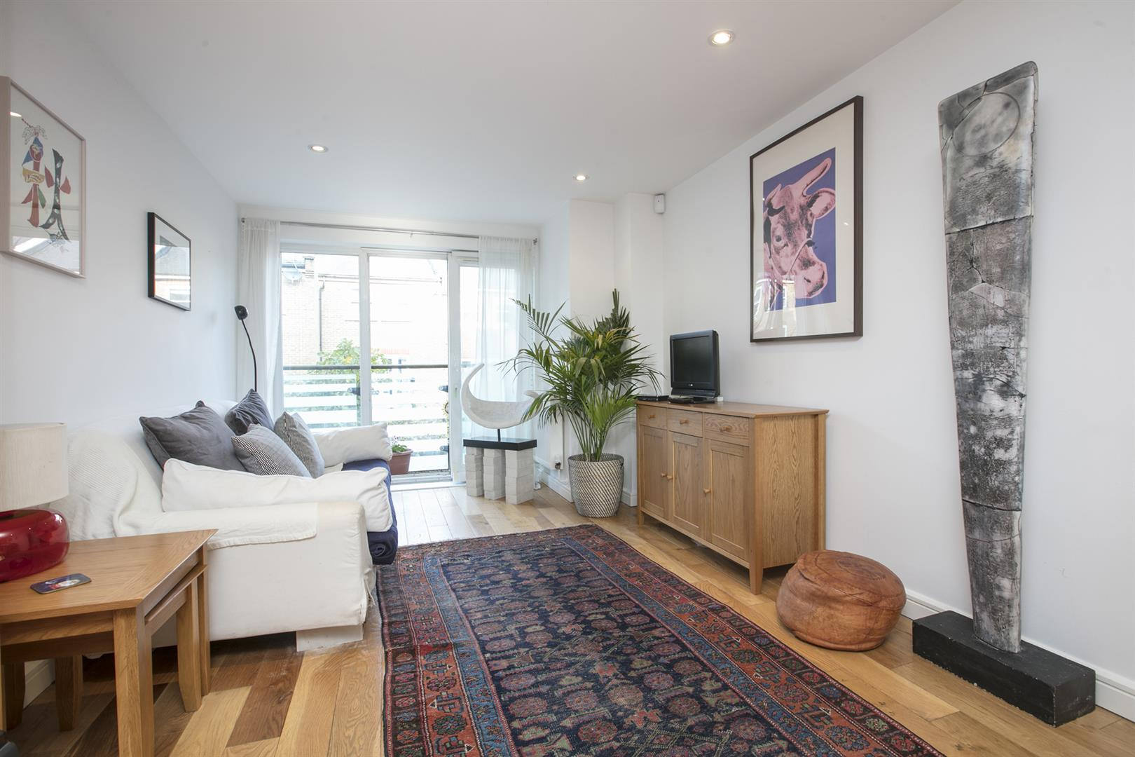 Flat/Apartment Sale Agreed in Lytham Street, Walworth, SE17 536 view2