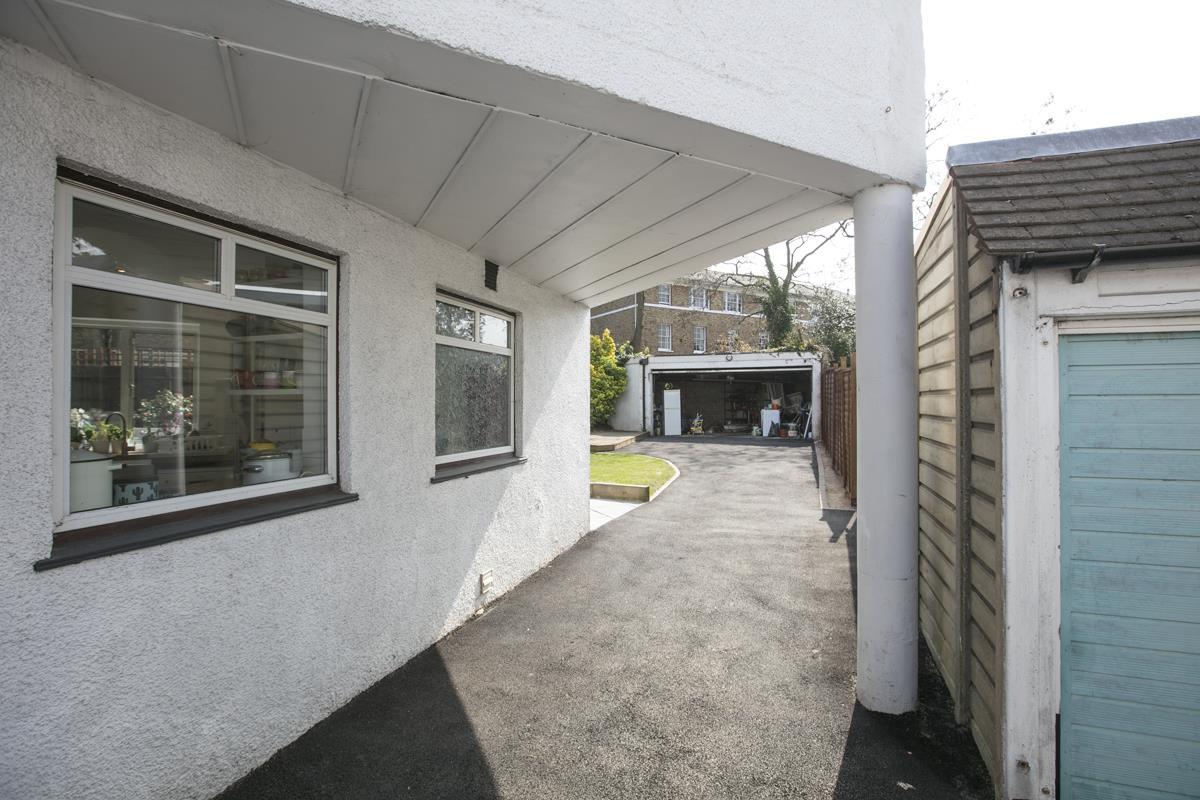 House - Semi-Detached Sold in Maldon Close, Camberwell, SE5 437 view26