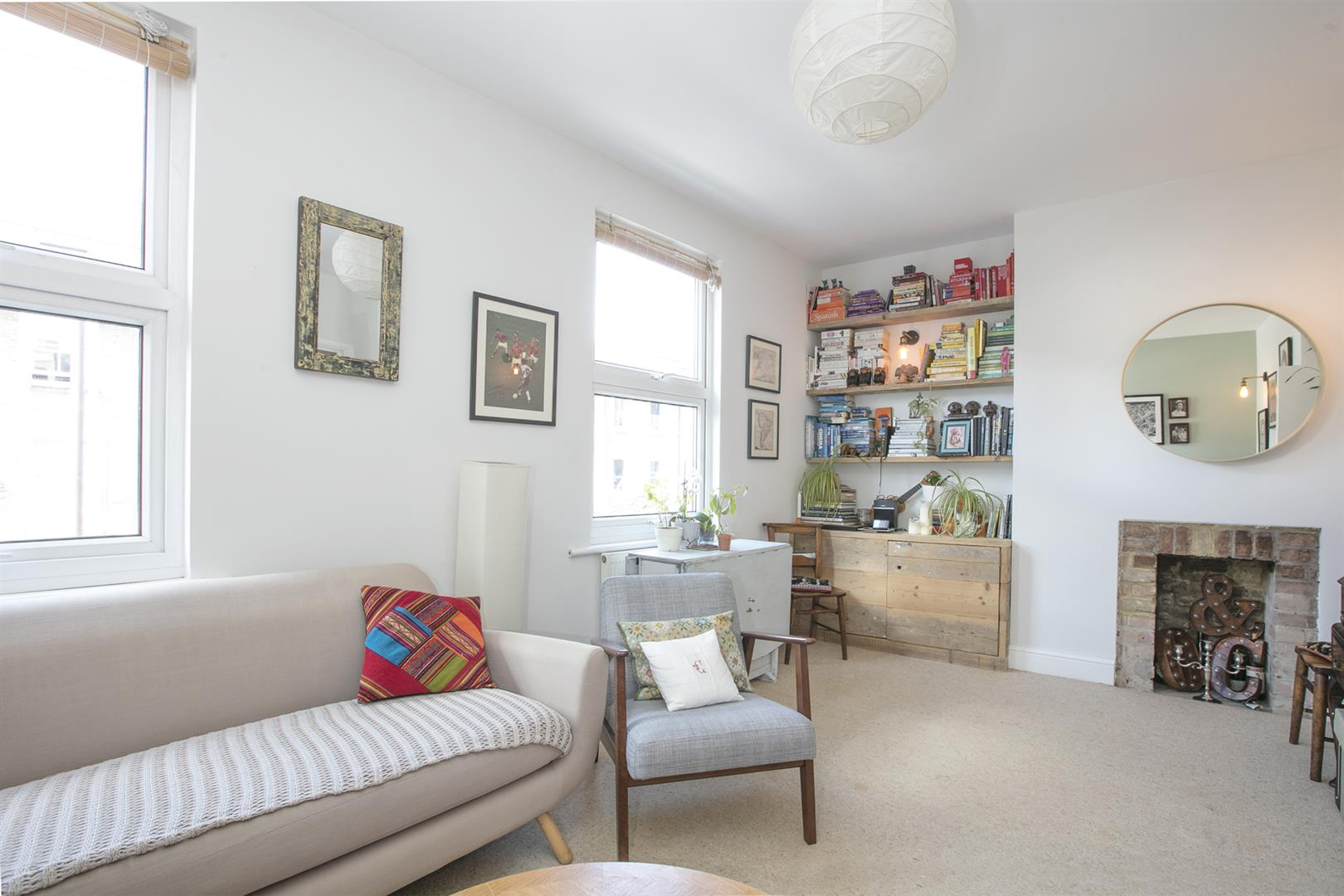 Flat - Conversion For Sale in Maude Road, Camberwell, SE5 631 view3