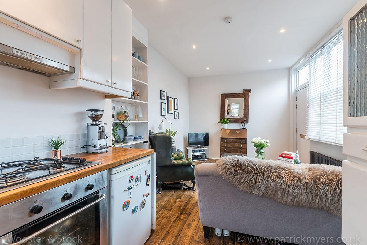 House - Semi-Detached For Sale in McDermott Road, Peckham, SE15 413 view8