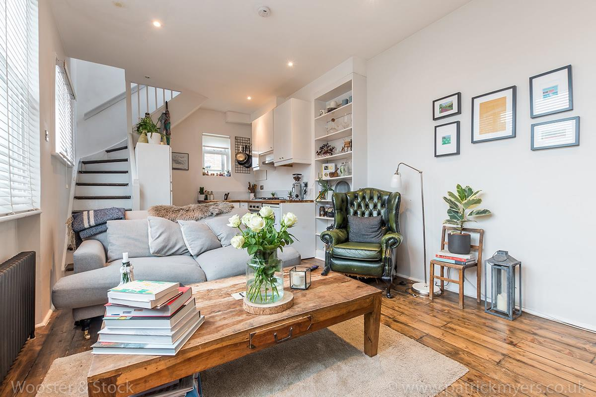 House - Semi-Detached For Sale in McDermott Road, Peckham, SE15 413 view2