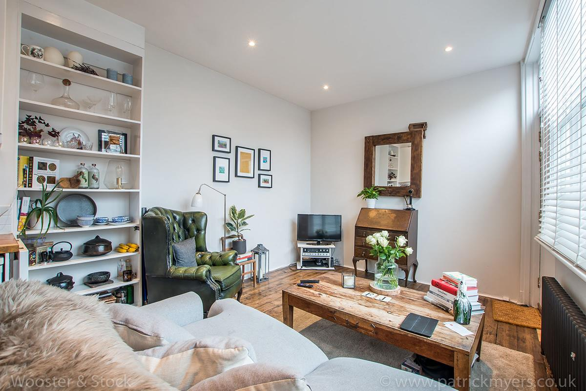 House - Semi-Detached For Sale in McDermott Road, Peckham, SE15 413 view10