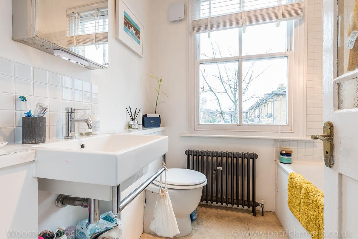House - Semi-Detached For Sale in McDermott Road, Peckham, SE15 413 view15