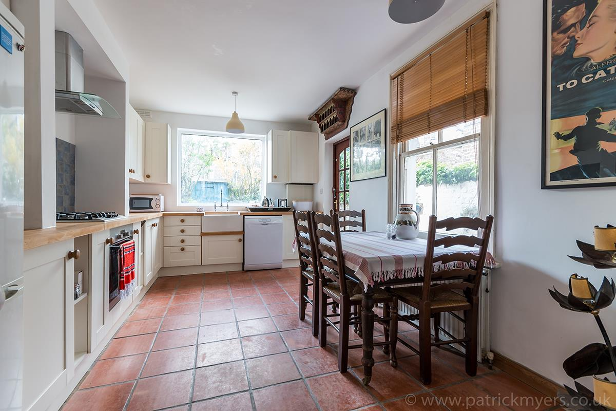 House - Terraced Sold in McDowall Road, Camberwell, SE5 472 view6