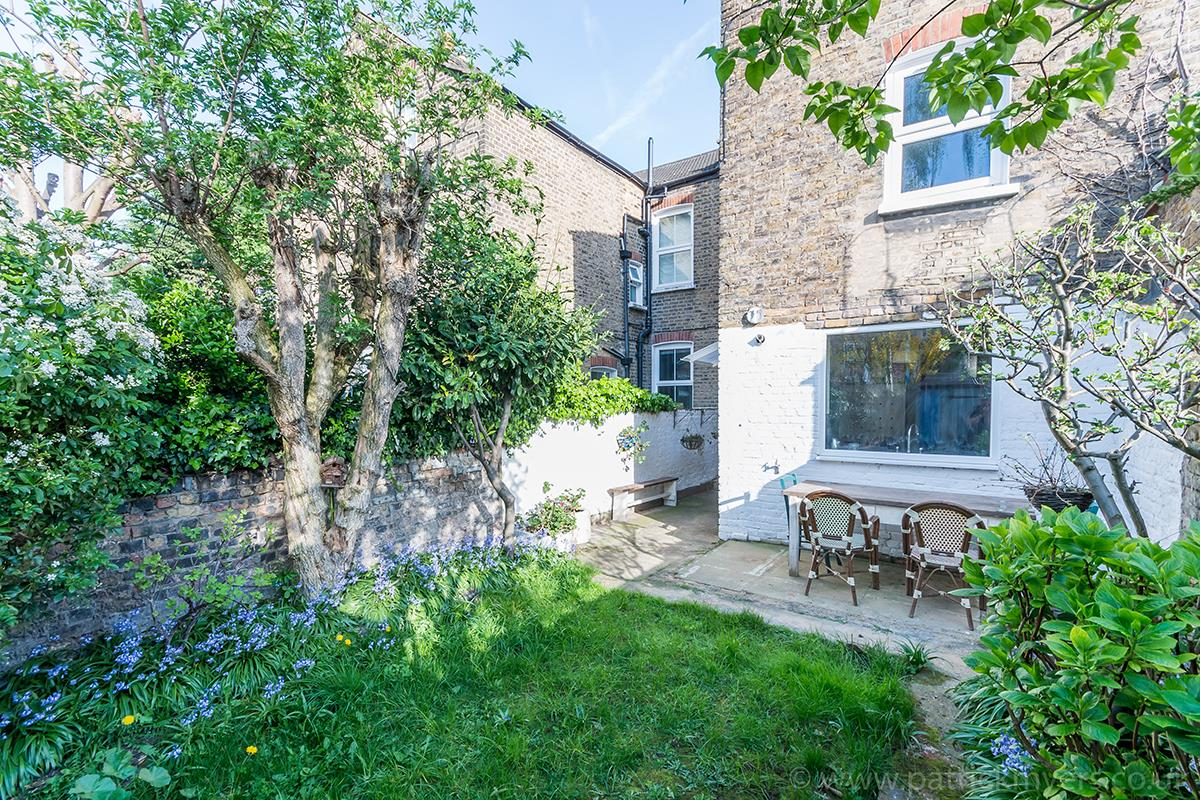 House - Terraced Sold in McDowall Road, Camberwell, SE5 472 view2